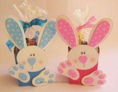 Coelhinhos com caixa de leite e eva