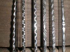 knife making metal Cool Knives, Knives And Swords, Knife Filework, Gravure Metal, Knife Template, Knife Making Tools, Trench Knife, Diy Knife, Knife Patterns