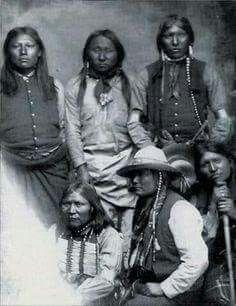 grupo de APACHES MESCALEROS - Apaches