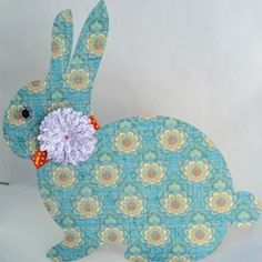 Cute little Easter bunny :)  #createandbabble @Looksi Square