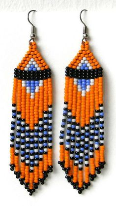 14 Beaded earrings native Pins to check out Beaded Earrings Native, Beaded Earrings Patterns, Bead Loom Patterns, Beading Patterns, Bead Earrings, Beaded Necklace, Bracelet Patterns, Seed Bead Bracelets Tutorials, Bead Loom Bracelets