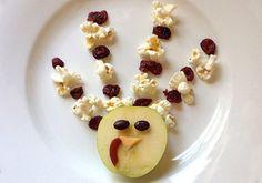 Kids Turkey Themed Snacks. (My sister is awesome.) #turkeys #thanksgiving #ediblecrafts #snacks #kids #crafts #healthy #snacks