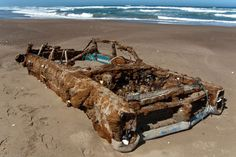 1966 Pontiac Bonneville Rusted Abandoned...