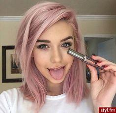 Pink hair, lob