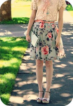 mixing patterns is a form of fashionable art. Love the floral, lace, and polka dots!