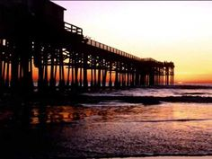 High resolution known places desktop wallpaper of Crystal Pier, San Diego, California (ID: San Diego Beach Hotels, San Diego Pier, Oh The Places You'll Go, Places To Travel, Places To Visit, Sunset Wallpaper, Pacific Beach, California Dreamin', Hd 1080p