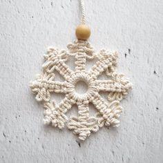 Macrame Wall Hanging Patterns, Macrame Patterns, Diy Christmas Ornaments, Christmas Decorations, Christmas Tree, Etsy Christmas, Kit Diy, Snow Flakes Diy, Art Origami