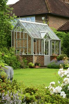Lovely and Cute Garden Shed Design ideas for Backyard Part 23 ; garden shed ideas; garden shed organization; garden shed interiors; garden shed plans; garden shed diy; garden shed ideas exterior; garden shed colours; garden shed design Lean To Greenhouse, Backyard Greenhouse, Greenhouse Wedding, Greenhouse Plans, Backyard Sheds, Cheap Greenhouse, Portable Greenhouse, Build A Dog House, Cool Dog Houses