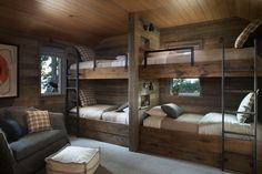 Rustic Lake House Retreat Inspired By Gorgeous Lake Tahoe Surroundings - Room Design Cabin Bunk Beds, Bunk Bed Rooms, Bunk Beds Built In, Wood Bunk Beds, Modern Bunk Beds, Rustic Bunk Beds, Bedrooms, Murphy Bunk Beds, Queen Bunk Beds