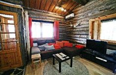 Kivikoski Cottage by ther river, 5-8 persons, two bedrooms two alcoves Living room Olohuone