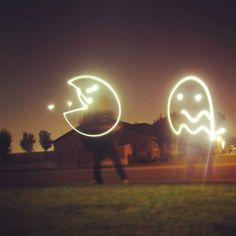 Light painting! Led Light Installation, Light Painting Photography, Fireworks, Street Art, Creativity, Pie, Neon Signs, Craft Ideas, Pictures