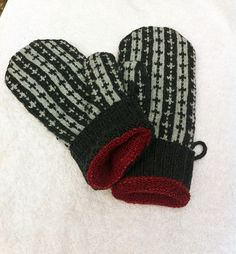 Ravelry: Project Gallery for Denim Blues Mittens pattern by Outi Kater