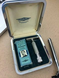 Extremely Rare Gillette Techmatic Safety Razor