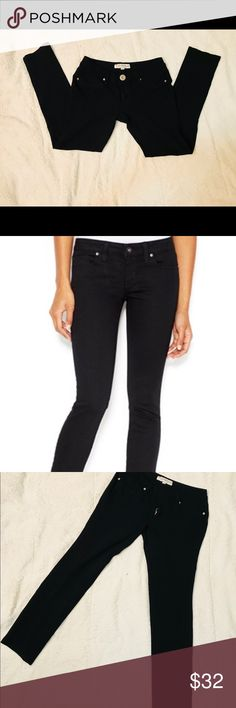 ❓<<GUESS>>Skinny Stretch Pants EXCELLENT CONDITION 🤗 Women's Size:Small/Petite Color:Black 70%Rayon/26%Nylon/4%Spandex Guess Pants Skinny