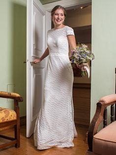 H&G_Kollektion: Brautkleid mit Vintage-Touch aus zarter Spitze. Wedding Dresses, Classic, Vintage, Fashion, Dress Wedding, Lace, Bridal Gown, Curve Dresses, Bride Gowns