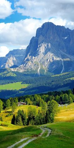 Main mountain ranges of france Beautiful Nature Pictures, Amazing Nature, Beautiful Landscapes, Cool Pictures, Beautiful Scenery, Beautiful Places To Travel, Most Beautiful Cities, Wonderful Places, Landscape Photography