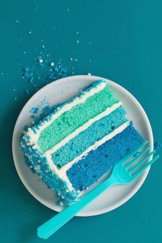 Pool Party Cake (Recipe) Pool Party Cakes, Pool Cake, Swim Cake, Dolphin Birthday Cakes, Dad Birthday Cakes, Matilda Chocolate Cake, Swimming Cake, Splash Party, Party Food Platters