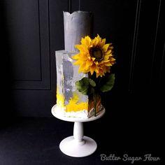 Rustic Sunflower wedding cake made with Satin Ice Gum Paste Satin Ice Fondant, Fondant Icing, Ice Cake, Gum Paste Flowers, Modeling Chocolate, Chocolate Glaze, Cake Decorating Tools, Sugar Flowers, Cupcake Cookies