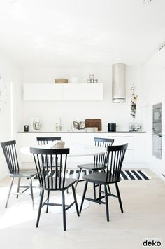 59 Inspiring Scandinavian Dining Room Design for Small Space - About-Ruth Küchen Design, House Design, Interior Design, Design Ideas, Design Hotel, Kitchen Interior, Kitchen Decor, Kitchen Dining, Design Kitchen