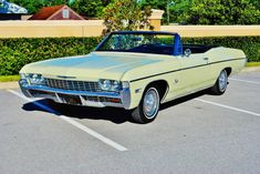 Chevrolet : Impala Convertible in Chevrolet |