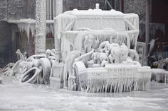 After Fire, Chicago Warehouse Covered in Ice - Photo Journal - WSJ