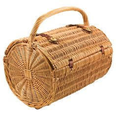 Jada Picnic Basket Set - plan a picnic in your own backyard or in a local park.