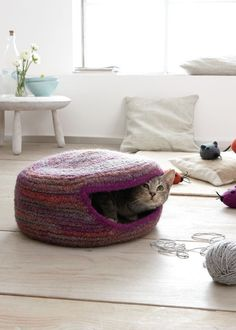 die 10 besten bilder von handarbeit f r katzen hund katze amigurumi und haustiere. Black Bedroom Furniture Sets. Home Design Ideas