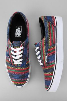 Vans Van Doren Era Striped Sneaker from Urban Outfitters. Saved to Vans. Look Fashion, Fashion Shoes, Mens Fashion, Fashion News, Nike Outfits, Cute Shoes, Me Too Shoes, Awesome Shoes, Tenis Vans