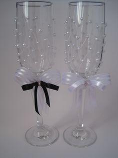 Idéias - taças e champanhe decorados                                                                                                                                                                                 Mais