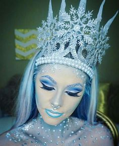 Yas ice queen!  sc 1 st  Pinterest & How to make Snow Queen Lashes by Karla Powell on this link http ...