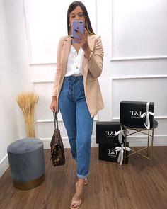 """▪️L&F OFICIAL▪️® no Instagram: """"✅REPOSIÇÃO BLAZER LAS VEGAS Recebemos reposição no site do nosso blazer LAS VEGAS : nude, caramelo, off e preto 38 ao 44 Confeccionado…"""" Look Jean, Las Vegas, Bell Bottoms, Bell Bottom Jeans, Mom Jeans, Instagram, Blazer, Fashion, Black"""
