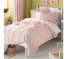 Kids' Bedding: Kids Pink Floral Appliqued Rose Bedding