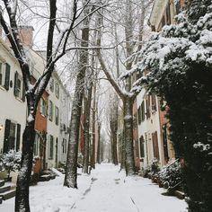 Snow Day in Philadelphia / Streets & Stripes