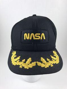 0487d3cfa8d Vintage NASA Trucker Snapback Mesh Hat Ball Cap Kennedy Space Center  Adjustable