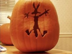 Love this pumpkin idea. The post Hahaha! & Halloween appeared first on Pumpkin carving ideas . Halloween Pumpkins, Halloween Crafts, Holiday Crafts, Holiday Fun, Halloween Decorations, Halloween Party, Halloween Jack, Halloween 2020, Halloween House