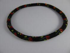 Colliers - Häkelrosenkette - ein Designerstück von Mailyme bei DaWanda