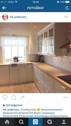 M Diy Kitchen Storage, Kitchen Cabinet Design, Kitchen Interior, Kitchen Cabinets, Navy Kitchen, Kitchen Sets, Dream House Interior, Kitchen Remodel, Sweet Home