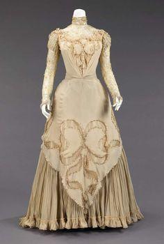 Dress, circa 1890 | perpulchra