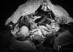 When it relates to camping out-of-doors, much like anything else, there are always some good tips and hints and camping cheats that can make the trip a bit easier, if not also down right more fun. Lifestyle Photography, Children Photography, Camping Images, Backyard Camping, Sleeping Under The Stars, Sibling Poses, Great Photos, Family Photographer, Family Photos