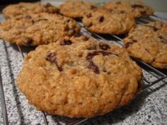 """Lactation cookies are cookies that can help to boost your milk supply – they contain brewer's yeast and oats, and the bonus is, they don't really taste like a """"healthy"""" biscuit. Oats provide plenty of nutrients and minerals which are … Continue reading →"""