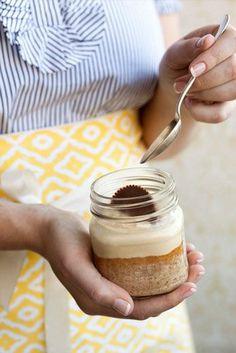 ingenious...cake in a mason jar...