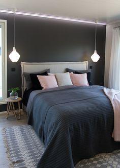 sängynpääty Interior Inspiration, Bedroom Inspiration, Bedrooms, House, Bedtime, Furniture, Home Decor, Diy, Decoration Home