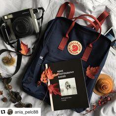 Wir gehen wandern! Die instax WIDE 300 im Gepäck Bild: @ania_pelc88 #instaxyourlife #instax #instaxwide300 #fotowanderung #fotografie #analogphotography #herbst # #