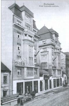 Budapest 1917 - Hotel Esplande Watch the Photo*** Old Pictures, Old Photos, Anno Domini, Budapest Hungary, Old City, Byzantine, Historical Photos, City Photo, Art Nouveau