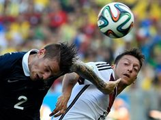 France - Allemagne : Mathieu Debuchy et Mezut Ozil