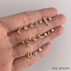 Gold Bar Earrings, Tiny Stud Earrings, Gold Earrings Designs, Antique Earrings, Stylish Jewelry, Cute Jewelry, Bridal Jewelry, Helix Piercing Jewelry, Cool Ear Piercings