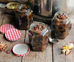 Fat-Free Apple and Almond Mincemeat with Brandy