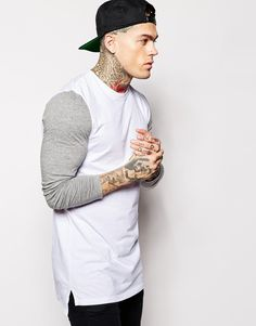 ASOS BRAND ASOS Super Longline Long Sleeve T-Shirt With Contrast Sleeves    Dropped Hem 2d25024468b3