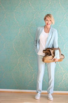 A fashion Blog for women over 40 and mature women http://www.glamupyourlifestyle.com/  Pants + Jacket: Dorothee Schumacher Shirt + Sneakers: Zara Bag: Chhloé