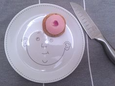 Share your plates! Dinner Sets, Service, Bon Appetit, My Design, Plates, Food, Licence Plates, Dishes, Griddles